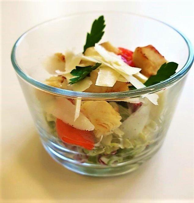 Mini Caesar Salat mit Hähnchen