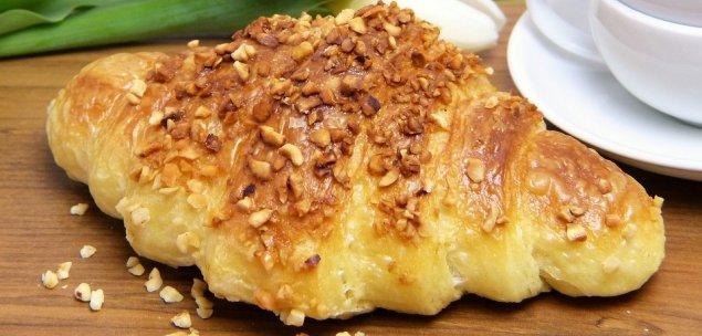Herzhaft gefüllte Croissants