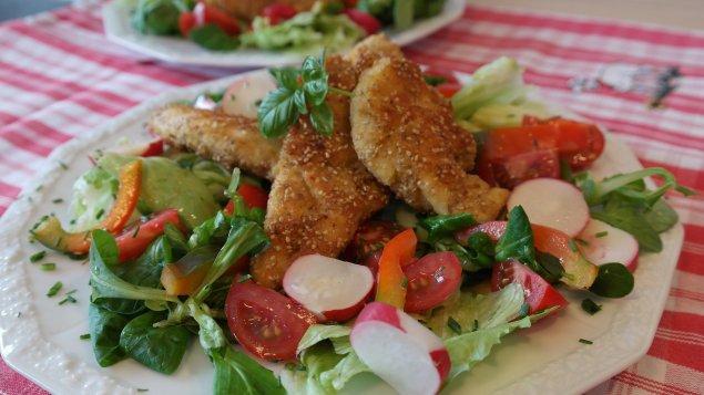 Salat mit Maishähnchen