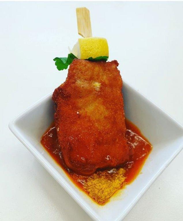Mini Hähnchenschnitzel mit Currysauce